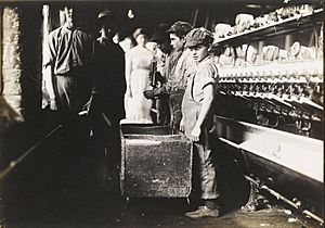 Lewis Wickes Hine - Young Doffers in the Elk Cotton Mills, Fayetteville, Tennessee - Google Art Project