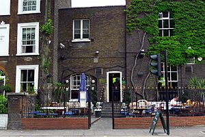 Aragon House, Parsons Green, SW6 (5306977458)