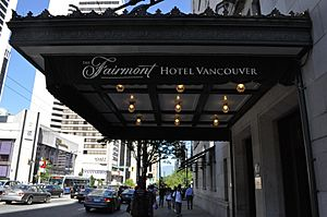 Hotel Vancouver canopy 02