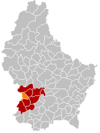 Map of Luxembourg with Steinfort highlighted in orange, and the canton in dark red