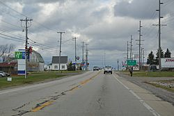 Central Holiday City, primarily services for an Ohio Turnpike exit