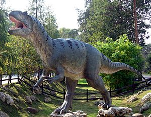 Allosaurus in Baltow 20060916 1500