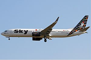 Sky Airlines Boeing 737-900 KvW