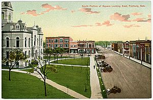 South side of the courthouse square, early 1900's.