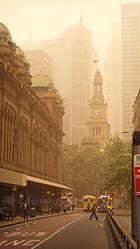 The Sydney Town Hall during the 2009 dust storm