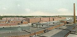Amoskeag Manufacturing Co., Panorama Downriver