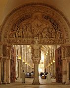 Basilique de Vézelay Narthex Tympan central 220608