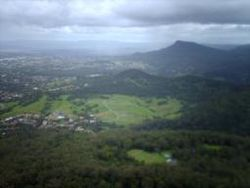 Mount Nebo seen from Mount Keira.jpg