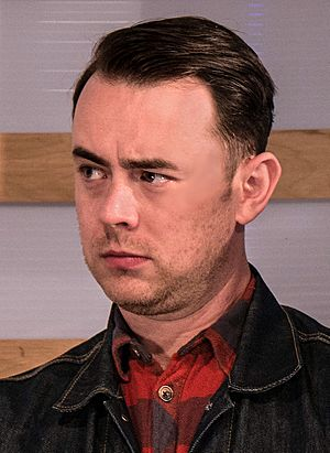 Colin Hanks in 2015.jpg