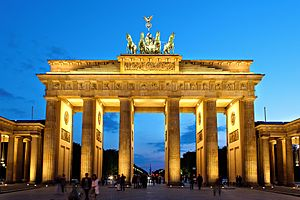 Brandenburger Tor abends
