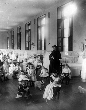 Children at New York Foundling cph.3a23917