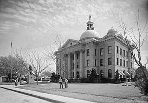 (Fort Bend County Court House, Richmond, Texas) (12819388513)