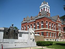 The Ogle County Courthouse at the heart of Oregon, Illinois