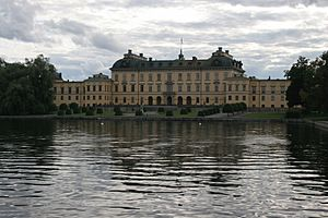 Drottningholm castle viewed from east 2005-08-14
