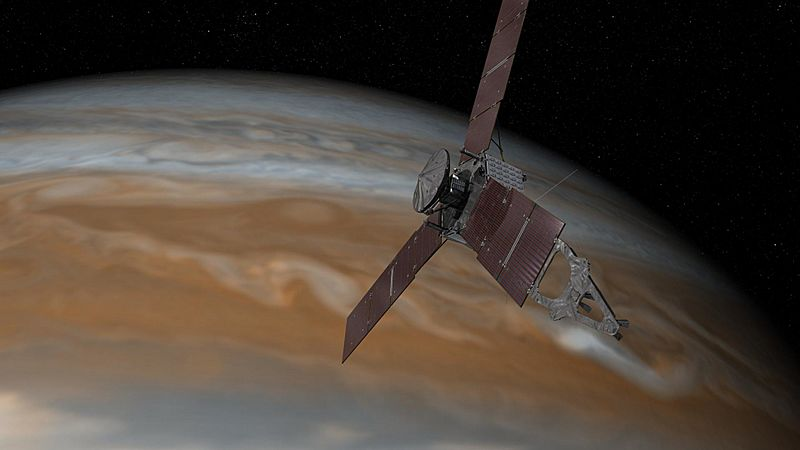Illustration of Juno spacecraft at Jupiter (PIA19639)
