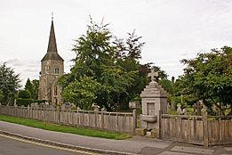 St Nicholas' Church and the Charles A Janson Memorial Drinking Fountain - geograph.org.uk - 1716004