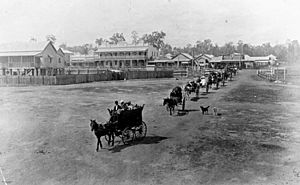 StateLibQld 1 176903 Funeral procession in Wondai, ca. 1915