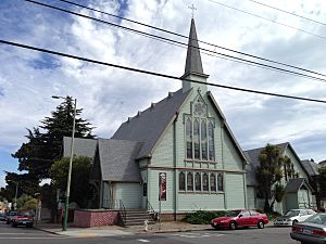 St james apostle oakland.JPG