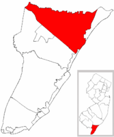 Upper Township highlighted in Cape May County. Inset map: Cape May County highlighted in the State of New Jersey.