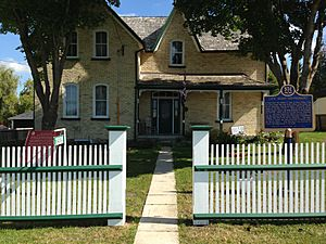 Historic Leaskdale Church, the Home of Lucy Maud Montgomery 02.jpg
