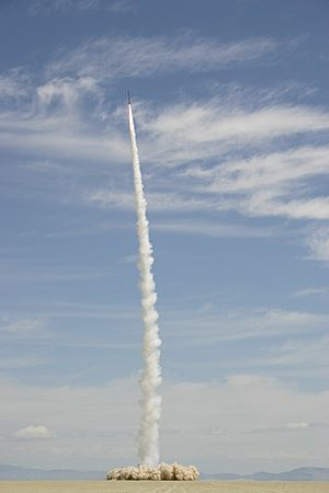 Kluft-photo-CSXT-2004-amateur-space-launch