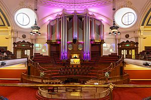 Methodist Central Hall - Great Hall with pipe organ