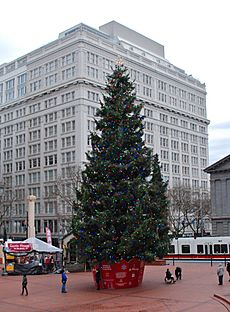 Pioneer Courthouse Square Christmas tree with Meier & Frank Bldg