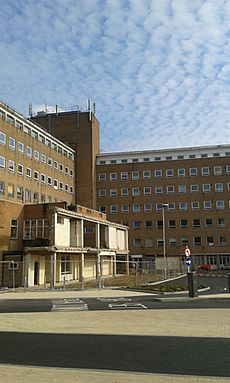 Welwyn Garden City Hospital, 20151011 144700-S