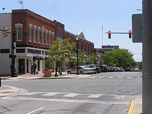 Franklin east of Courthouse(CLight)