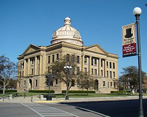 Lincoln Illinois Courthouse