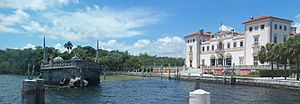 Coco Grove FL Vizcaya mansion and barge pano01