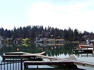 Lakewood Bay Oswego Lake