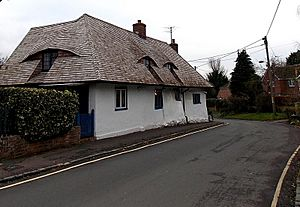 White Cottage, Didcot - geograph-4311294-by-Jaggery