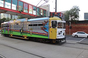 SW6 925 in Flinders St on the City Circle in Melbourne Art Tram livery, 2013