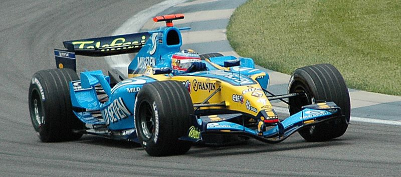 Alonso (Renault) qualifying at USGP 2005