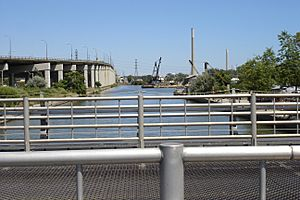 Keating Channel at the Don River, Toronto.jpg