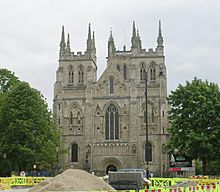 West Front of Selby Abbey - geograph.org.uk - 1317014