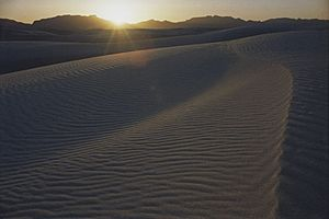 A085, White Sands National Monument, New Mexico, USA, sunset, 2004