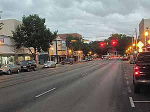 Downtown New Braunfels on rainy morning IMG 3258