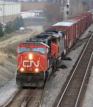 Canadian National diesels southbound on the Norfolk Southern near Polaris Mall in Columbus, Ohio (2092116881)