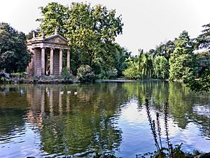 Rome-VillaBorghese-TempleEsculape