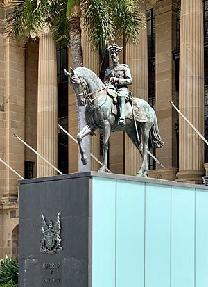 Statue of George V in Brisbane, 02