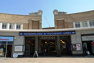 Uxbridge tube station - Ewan-M