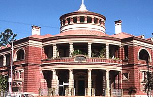 QueenslandBuilding0031.jpg