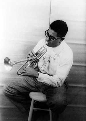 Dizzy Gillespie playing horn 1955.jpg