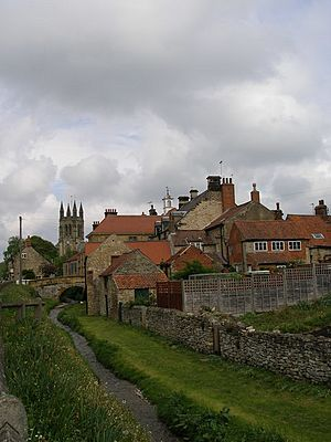 Looking up Borough Beck to the higgledy-piggledy buildings of Helmsley - geograph.org.uk - 432528