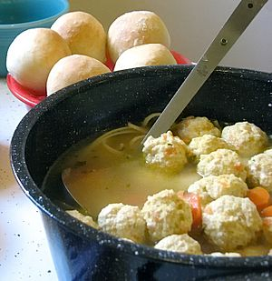 Soup with meatballs-01