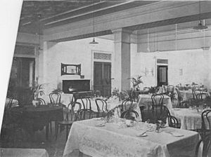 StateLibQld 2 190239 Part of the dining room at the People's Palace, Brisbane, 1911