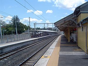 Oxley railway station