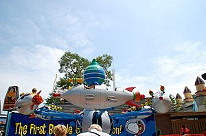 Planet Snoopy Space Race